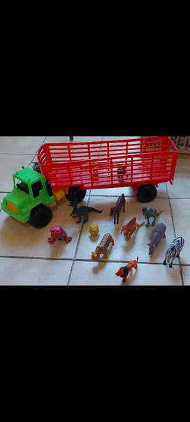 Vendo camion con animales