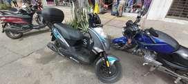 Moto twist 125