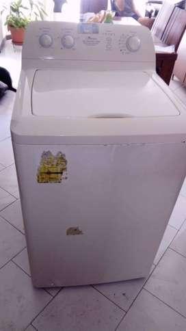 Vendo Lavadora Centrales usada