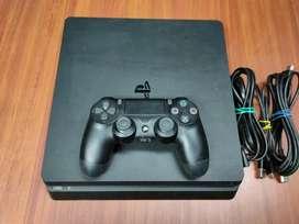 PS4 Slim 1 tb con 4 juegos