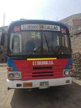 Vendo bus hyundai motor original totalmente operativo segunda mano  Perú