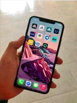 Vendo Iphone 11 pro máx 64gb