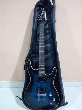 Guitarra washburn con pedalera