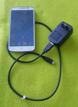 Vendo Celular Alcatel One touch 7040a