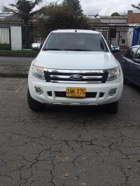 Vendo excelente Camioneta doble cavina Ford Ranger  lista para traspaso
