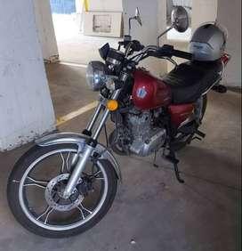 Vendo moto  Susuki GN125, 8500 Km ,