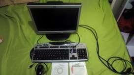 """Monitor hp 17"""", teclado genius, Mause óptico, y parlantes."""