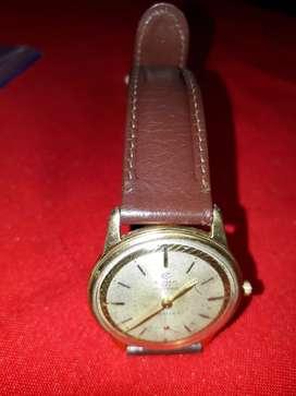 Vendo permuto  reloj de  colección  CIMA   suizo  de  cuerda