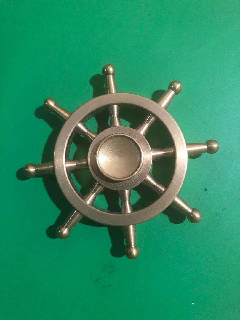 Spinner Timón dorado, anti stress 0