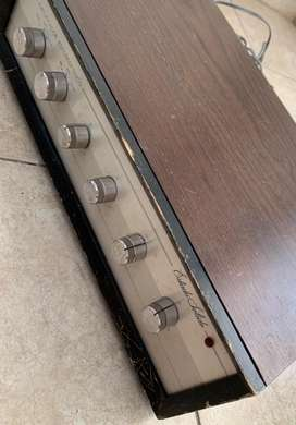 Amplificador estereofonico de estado solido MOD AE 18