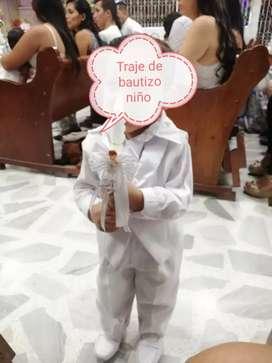 Se vende traje para bautizo de niño