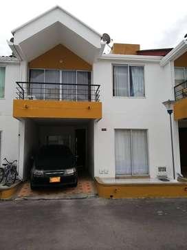 Casa en conjunto Villavento condominio cerrado villavicencio