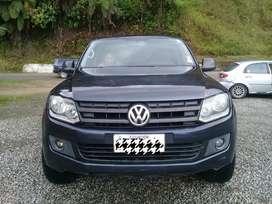 En venta preciosa camioneta Amarok Volkswagen 4x2  Doble turbo.