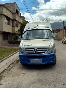 Buseta Mercedes Sprinter 515