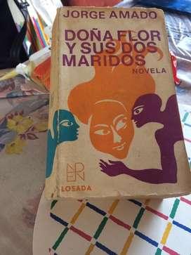 Dola Flor y sus dos Maridos