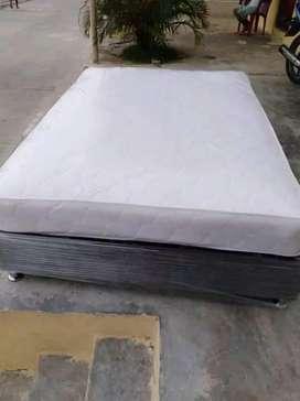 Aprovecha base camas con colchon