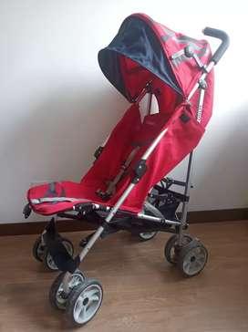 Coche paseador Marca INFANTI.