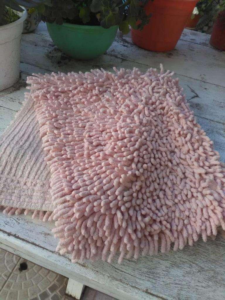Alfombra para baño rosada 0