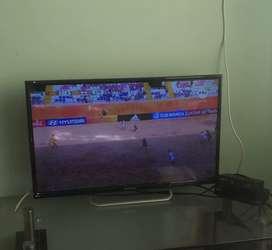 Hermoso TV hyundai 32 pulgadas con tdt