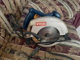 Vendo cortadora  marca RYOBI