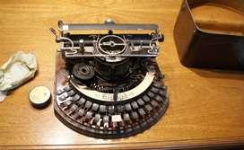 Maquina de escribir Hammond 1905