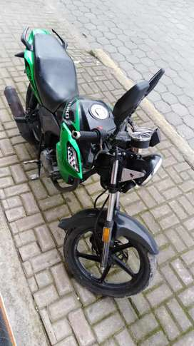 Moto tuko crm 150