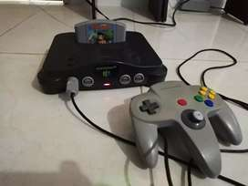 Nintendo 64 en muy buen estado