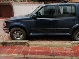 VENDO CAMIONETA FORD EXPLORER