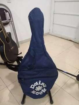 Guitarra electrica Daisy rock americana