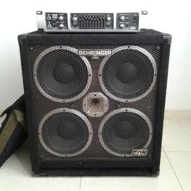 Amplificador de bajo Peavey Tour Series 700 + Cabinete Behringer Ultrabass BB410 (1200watt)