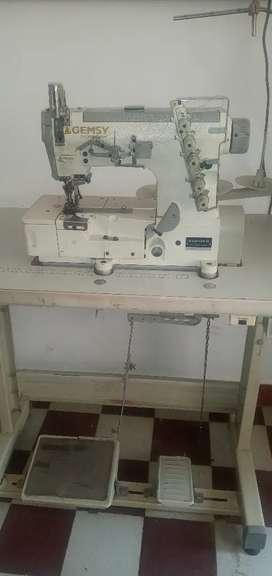 Vendo maquina de coser recibidora gemsy en muy buen estado