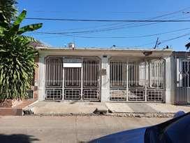 VENDE Casa Prados del Norte de un 1 piso, Excelente ubicación para vivienda y negocio, precio negociable