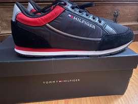 Tennis Midnight Tommy Hilfiger color azul oscuro talla 43 - $360.000