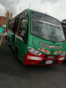 Microbús NKR 2016,