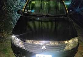 Renault Logan 2012 único dueño