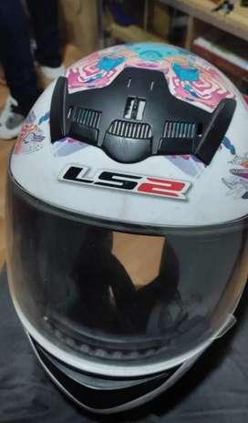 Vendo casco para mujer LS2
