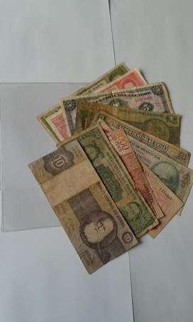 Lote de Billetes Extranjeros Antiguos