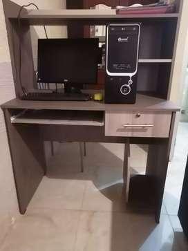 Computadora escritorio