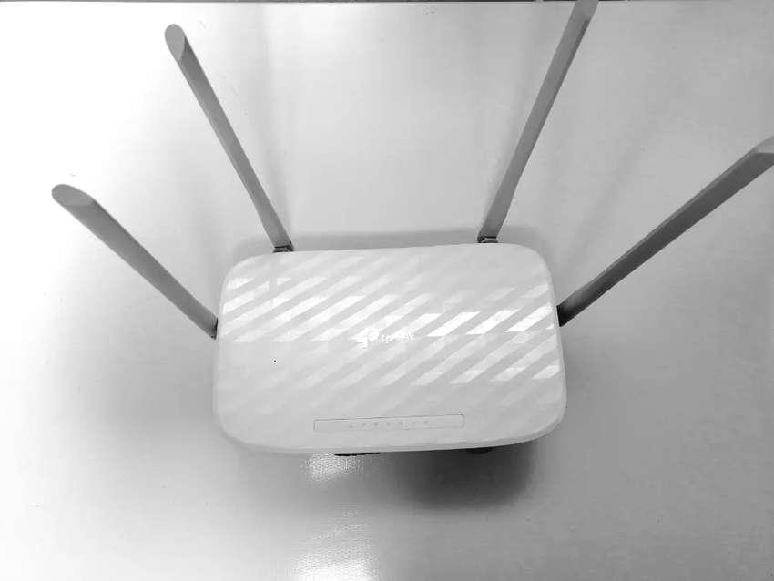 Se Vende rompemuros extendedor de Wifi Inalambrico 0