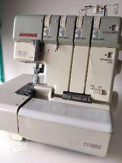 vendo maquina de coser janome overlock 1110
