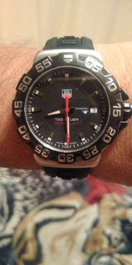 Reloj  marca Tag Hever Fórmula 1