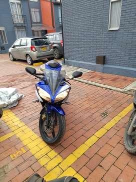 Yamaha R15 V2 2018 Azul