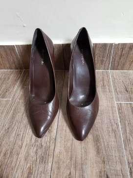 Zapatos de taco estiletos talle 39