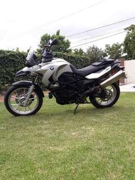 Vendo moto BMW GS650 800CC