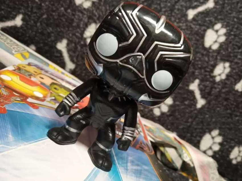 Extraordinarios héroes pop Pantera negra