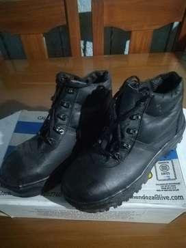 Vendo Zapatos de Seguridad Nuevos