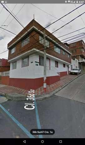 se vende casa esquinera 2 pisos barrio atenas localidad san cristobal sur