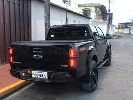 De venta linda camioneta d-max doble cabina 4x4 en perfecto estado