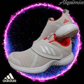 Adidas: FortaRun X CF, Talla 31.(Niña)