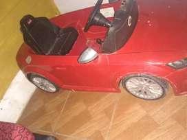 Vendo auto o cambio por juegos para nena y nene